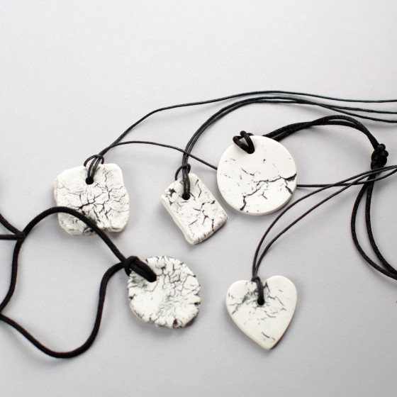 "Porcelain pendant "" Cracks """